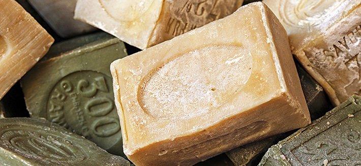 eliminare afidi con sapone di marsiglia
